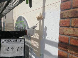 【外壁塗装】中塗り